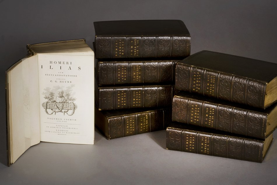 Volumes of the large edition of the Iliad