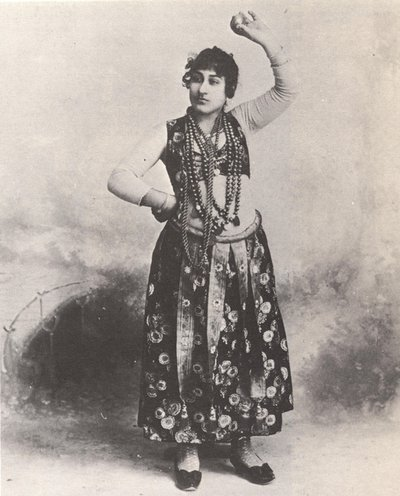 photograph of Algerian dancer from the 1893 World's Columbian Exposition in Chicago