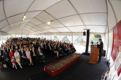 The University of Chicago community celebrates the groundbreaking of Mansueto Library