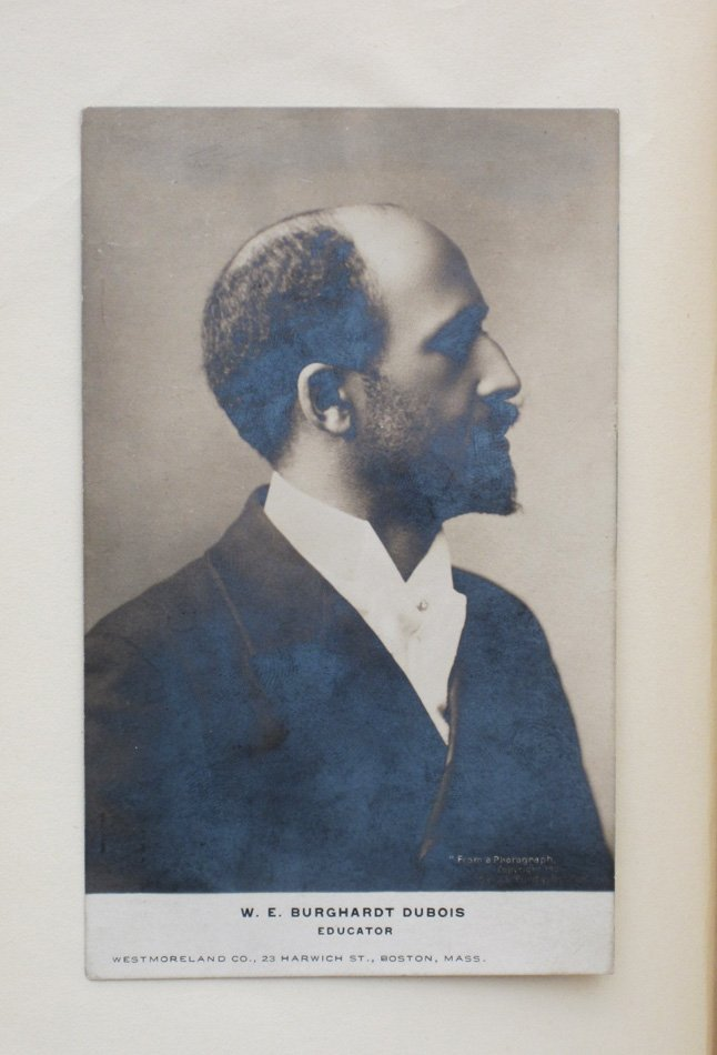 what is the thesis of the souls of black folk The souls of black folk, arguably du bois's most famous and enduring book, was first published in 1903 while he was teaching at atlanta university he was 35 years old the book contains a collection of du bois's essays,.